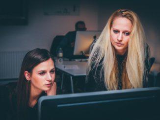 Im digitalen Wandel spielt gewinnt gerade auch die Frauenrolle an Bedeutung.