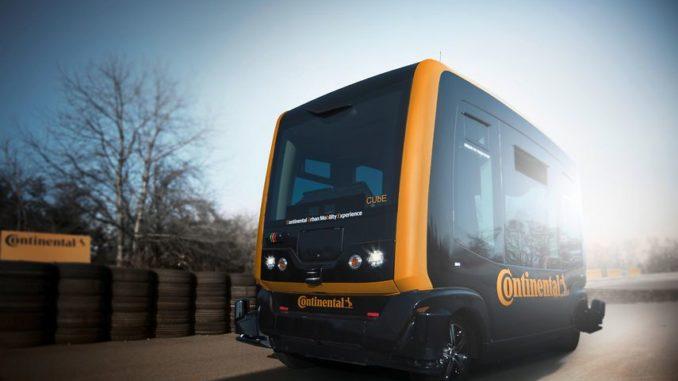 Continental will ein Robo-Taxi samt Lieferroboter nutzen, um den Warentransport zu revolutionieren.