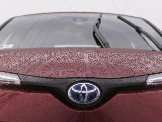 Nach einer Erfolgsgeschichte von Jahrzehnten gibt Toyota Hybrid-Patente frei.