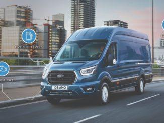 Auf einer Messe in Amsterdam wurde der Ford Transit zusammen mit anderen Elektrofahrzeugen von Ford angekündigt.