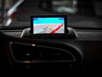 Für viele gehört GPS im Auto zum Standard. Doch so wie die Autos älter werden, werden es auch die Geräte. Gerade Besitzer betagter GPS-Geräte könnten ab Samstag Probleme bekommen. Ihre Geräte könnten nicht mehr funktionieren.