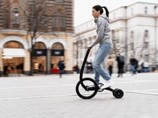 Das Halfbike 3 ist eine Mischung aus Fahrrad und Dreirad. Es ist perfekt für die Innnenstadt geeignet.