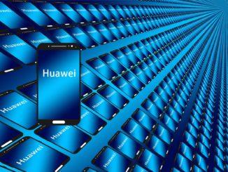 Die US-Sanktionen gegenüber Huawei hat wohl Folgen. Der Smartphone-Hersteller wird vorerst weniger Handys produzieren.